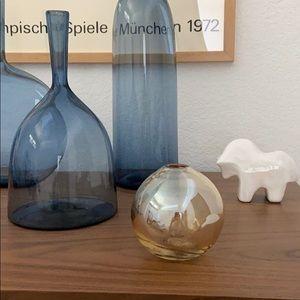 Small vessel or bud vase. Organic shape.